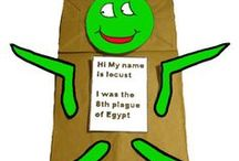 Plagues Crafts / Sunday School crafts, activities, lessons, games and snacks to help teach about the plagues.