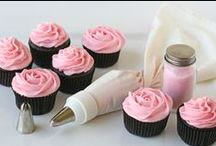 Cupcakes / by Maggie Green DeComa