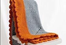 Crochet ♥ blankets ♥ Häkeldecken / by Nicole Bautz