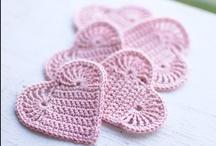 Crochet ♥ hearts ♥  gehäkelte Herzen / by Nicole Bautz