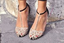 Tres Chic {SHOES} / by Christina