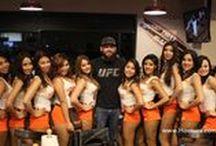 """Meet & Greet Bryan Barberena """"BamBam"""" peleador de la UFC / Gran entusiasmo se vivió en sucursal Polanco con la presencia de Barberena """"BamBam"""" peleador de la UFC, quien sencillo y con una gran actitud, saludó y convivió con los fanáticos que se dieron cita en la sucursal para disfrutar la pelea 200."""