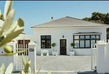 Antrim Villa / Antrim Villa is situated in Green Point, Cape Town. The Villa has two types of rooms: standard rooms and luxury rooms. Each room has an en-suite bathroom.  http://www.go2global.co.za/listing.php?id=1915&name=Antrim+Villa