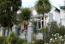 Nomndeni De La Changuion / Nomndeni de la Changuion offers you the perfect solution for your long or short term holiday or business stay. All six rooms with en-suite bathrooms are decorated in a theme, and stylish manner.   http://www.go2global.co.za/listing.php?id=982&name=Nomndeni+De+La+Changuion