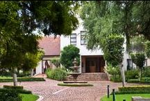 Budmarsh Private Lodge / Situated in the heart of the Magaliesberg, Budmarsh offers five-star accommodation and conference facilities in a charming country setting.   http://www.go2global.co.za/listing.php?id=1981&name=Budmarsh+Private+Lodge