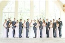 Bridal Party Poses / Bridal Party Photo Inspiration