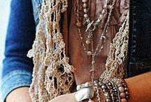 Rendas... para usar!!!!... <3 / Rendas em bijutaria... rendas em peças de roupa... <3
