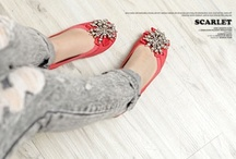 Flat Shoes / by Ollio Girl