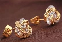 Fashion earrings / fashion earrings,bright your eyes,and show your confidence,your chioce.