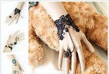 Lace Jewelry / Lace is a gentle and romantic, it can enhance a woman's temperament and taste, is an exquisite choice. EOZY is a women's fashion online store, it can provide the most exquisite and gorgeous lace jewelry
