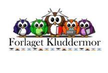 """Forlaget Kluddermor / Forlaget Kluddermor udvikler materialer til undervisning af elever i almen- og specialskolen. Alle materialer er nøje afpasset til også at tilgodese børn, som er let afledelige, dvs. at alt """"visuelt støj"""" er sorteret væk.  Materialerne er også velegnede til tale- og sprogundervisningen. Følg gerne Forlaget Kluddermor på Facebook eller gå direkte til Bubbleminds.dk, og download det du skal bruge lige nu i din undervisning. Se det hele på: http://bubbleminds.dk/udgivere/forlaget-kluddermor/"""