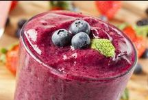 * berries smoothies / by Yonit Shahar