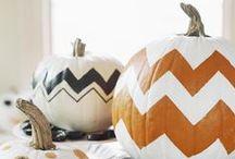 Halloween ! / Parce que j'aime la déco thématique et l'Halloween, voici un tableau avec des idées de déco pour la maison, de confections de gâteries toutes aussi jolies que bonnes et autres petites trouvailles.