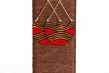 Boucles d'oreilles en Wax - Wax Prints earrings / Cette catégorie regroupe les boucles d'oreilles pendantes en wax, les boucles d'oreilles puces en wax et les créoles en wax pour femmes.