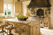 Kitchen Ideas / Kitchen tiling ideas including backsplashes, floors, counter tops and more.