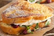 Food & Recipes <3 / by Christina Heaton