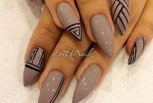 nails / by Cocopuffs Monroe