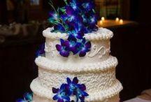Beach Wedding Cake's / Gorgeous beach wedding #cake's and cup-cake ideas & inspiration. Visit us at https://www.sandimentalmemories.com #sandimentalmemories