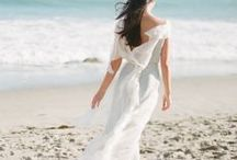 Wedding Dresses Beach Inspired / A perfect bride her perfect dress on her perfect day. Visit us at www.sandimentalmemories.com #sandimentalmemories