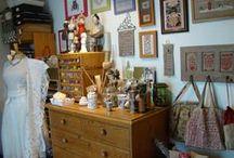 My stitching room - Mon bureau - atelier / Ma petite pièce à couture - broderie stitching room
