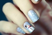 Nail Art / Loads of different styles of painting nails.