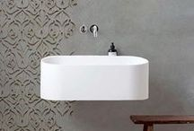 S@lles 2 BaiN ♡ / Des salles de bain pour se laisser bercer dans une baignoire remplie de bulle et se ressourcer.   Plus d'inspirations déco ? RDV sur le site Internet : http://decoration.datcha-inspire.com/