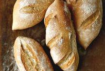 ricette - pane e dintorni / ricette di pane, grissini, cracker.... tutto quello che è lieviato con lievito di birra o lievito madre  / by Mariellam
