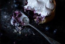 Moody Foody / Dark food / mystic light photography