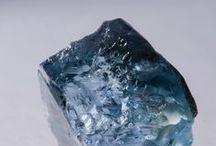minerals & stones.