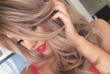 нαιяѕтуℓєѕ❥ / A women who cuts her hair changes her life...