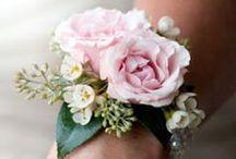 Flower bracelet - Corsage / #flower #floral #flower arrangements #corsage