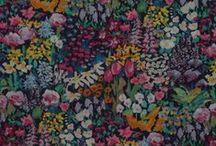 2016 HANDKERCHIEFS / Liberty of London & colorful batik fabrics