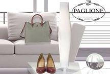 Hogan Donna /  I modelli iconici di casa Hogan si presentano in chiave glamour per la donna: decollété, ballerine, tronchetti, scarponcini ed eleganti stringate arricchiscono la tradizionale collezione.