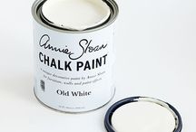 Old White Chalk Paint® / The colour of chalk and gesso, a cool soft white without pink or yellow in it. A colour which works with everything but for the quintessential French look use it over Paris Grey.  We also suggest adding it to the other colours to make them the exact tone for your room.  Purchase online at www.artworksnw.com or find a retailer near you at www.unfolded.com.