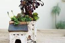 Ceramic flowerpot