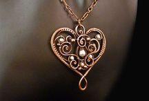 Jewellery: Wire