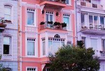 Недвижимость Турции / Компания Real East,  Ваш надежный проводник в мире турецкой недвижимости. Звоните: Телефон в Турции:  +90 212 853 43 99 (центральный офис),  Телефон в России:  8-800 775 48 24 - звонки по России БЕСПЛАТНО  http://realeast.su  E-mail: info@realeast.su  WhatsApp/Viber: +90 507 160 74 14 (Стамбул),  Skype: Zamir-21 (Стамбул)