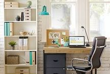 A touch of turquoise / Make your workspace pop with turquoise tones.