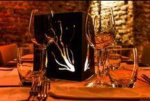 """4cento Milano """"Restaurant"""" / Il guizzo progettuale e creativo di Max De Luca ed i sofisticati giochi di luce di Gianluca Pacchioni sono solo alcuni degli ingredienti che insaporiscono i piatti del Ristorante 4cento, la cui raffinata proposta degustativa, affonda le radici nelle tradizioni autentiche di un sapore italiano troppo spesso oscurato o dimenticato dalle mode del momento."""