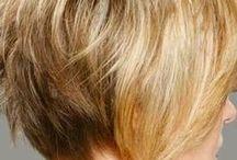 Taglio Capelli corti profili dietro / taglio capelli corti profili dietro dal tuo parrucchiere di palermo visita pure il sito www.parrucchierepalermo.com