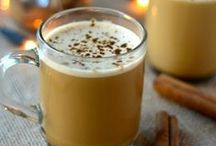 Paleo Winter Drinks / Keep warm & cozy this winter with paleo hot chocolate & flavored coffee creamers.