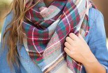 XXL-Schal im Karo-Muster / Outfit-Inspirationen für den beigen XXL-Schal von Zara mit Karo-Muster.
