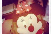• Je suis... •
