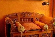 Interiors: Awesome Oranges / Create a warm, inviting glow in your home by using orange accents. Homely and fabulous, these interior ideas are sure to inspire you.