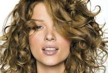 Mes cheveux au top / Les produits que j'affectionne pour prendre soin de mes cheveux au quotidien, astuces pour cheveux souples et bouclés...