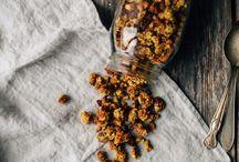 Gʀaɴoℓa Addıctıoɴ ⓥ / Adoratrice de cette préparation sucrée, saine, versatile & réconfortante, retrouverez ici toutes les recettes de GRANOLA {mais aussi de Muesli} les + exquises dénichées aux 4 coins du net.