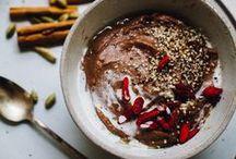 Hıveʀɴaℓe ⓥ / {Winter Recipes} Ici on retrouvera tout les principaux fruits & légumes des mois d'hiver. Kiwi, salsifis, fenouil, céleri, clémentine, noix, poire, carotte, navet, poireau, panais, pomme, citron, pomelos, mandarine, cardon, betterave, potimarron, courge, oignon, ail, etc... BON APPÉTIT !