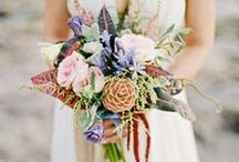 Inspiration: Tropical Bridal Bouquets
