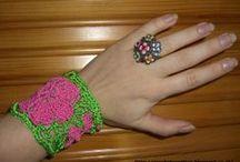 crochet wristwarmers and legwarmers / crocheted wristwarmers
