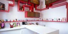 | Apartamento moderno | / Apartamento moderno com cores fortes
